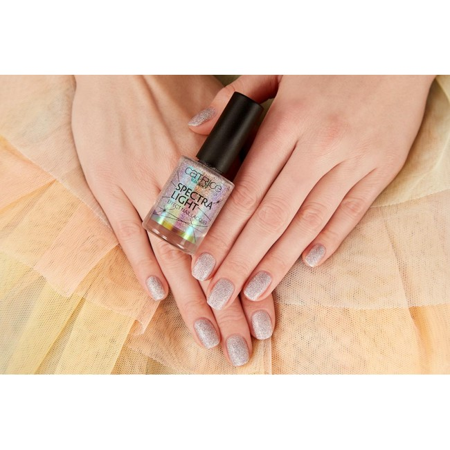 Catrice Spectra Light Effect Nail Lacquer Лак для ногтей